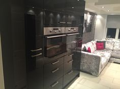 Double ovens with larders in black gloss