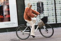 Cycling Style Done the Copenhagen Way