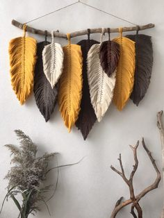 Macrame Wall Hanging Patterns, Yarn Wall Hanging, Macrame Patterns, Macrame Wall Hangings, Wall Hanging Crafts, Macrame Design, Macrame Art, Macrame Projects, Crochet
