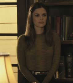 Zoe's striped sweater and belt on Hart of Dixie.  Outfit Details: http://wornontv.net/1804/ #HartofDixie