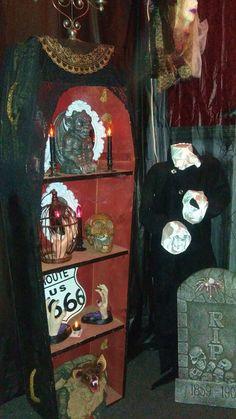 2016 Halloween Vampire's Lair coffin shelf (October Pun'kin) Halloween This Year, Halloween Vampire, Horror Room, Coffin, Shelf, October, Painting, Art, Art Background