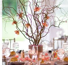 Branch centerpieces- Great idea for fall wedding Curly Willow Centerpieces, Twig Centerpieces, Centerpiece Ideas, Fall Wedding, Rustic Wedding, Our Wedding, Decor Wedding, Christmas Wedding, Rama Seca