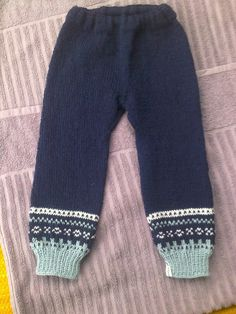 Ullbukse med Mariusmønster Knitting Ideas, Baby Knitting, Crochet Baby, Knit Crochet, Knit Pants, Drops Design, Baby Kids, Sweatpants, Wool