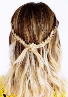 Knotted double fishtail.