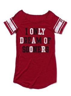 Victorias secret knows which team to root for!