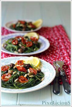 agretti con pomodorini pinoli e olive taggiasche