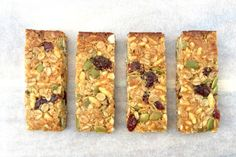 Cranberry, Coconut and Puffed Rice Muesli Bars 140 Calories