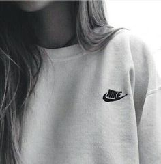 Nike crew neck is perfect for my lazy day outfits.