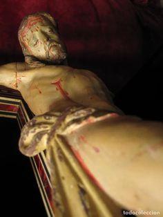 Arte: ESCUELA GRANADINA DEL SIGLO XVIII. CRISTO TALLADO EN MADERA Y POLICROMADO EN CRUZ DE TARACEA - Foto 12 - 244676835 Statue, Christ, Sculpture, Art, 18th Century, School, Pictures, Sculptures