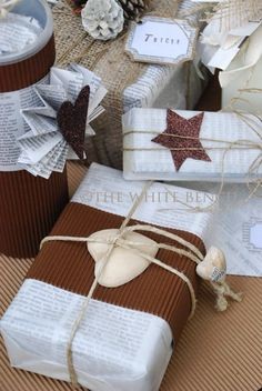 The White Bench: Creative Christmas #1: Gift Wrapping Ideas and How...