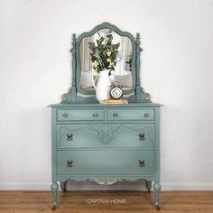 How to Paint Furniture- Dresser Makeover - Captiva Home Decor Duck Egg Blue Furniture, Blue Painted Furniture, Distressed Furniture, Paint Furniture, Refurbished Furniture, Staging Furniture, Furniture Refinishing, Furniture Online, Kitchen Furniture