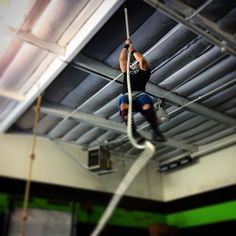 """Well, it's not quite Christmas yet, but there might not be a better way to give thanks and earn a Thanksgiving meal than grinding through a fun, longer effort. Come tomorrow at 10:00am and wear tall socks or pants there will be rope climbs. #crossfit #ropeclimb #fit #fitness #gym #sancarlos #homegrowncrossfit #HGX #HGXFIT #strength #strong #training #instafit @chefvin316"" Photo taken by @hgxfit on Instagram, pinned via the InstaPin iOS App! http://www.instapinapp.com (11/25/2015)"