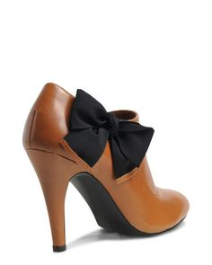 Brown with Black Bows #Heels #shoes
