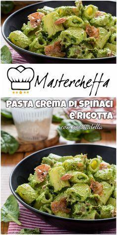 La pasta crema di ricotta e spinaci con mortadella è un primo veloce da preparare e cremosissimo, preparato con gli spinaci crudi.