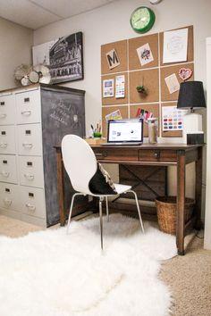 Modern Office Space, Vintage Modern Desk, Vintage Modern Home Office www.BrightGreenDoor.com