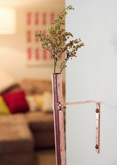Do you have $10 and a free afternoon? Try one of these beautiful and simple projects to brighten up a corner of your home. The materials for many of these are probably things you have laying around your house. Scope it out and try out one or two of these as a weekend project!
