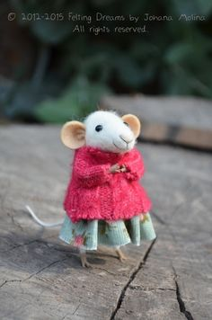 Little Coquet Mouse- - Felting Dreams by Johana Molina - Her work inspires me and makes me happy