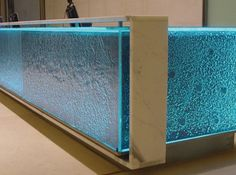 belgrave-house-kiln-formed-glass-desk02_MAIN_WEB