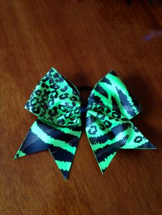 Bright Green Cheer Bow. $15.00, via Etsy.