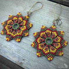 Your place to buy and sell all things handmade Macrame Earrings, Macrame Jewelry, Flower Earrings, Wire Jewelry, Crochet Earrings, Earrings Handmade, Handmade Jewelry, Flower Iphone Wallpaper, Bead Sewing