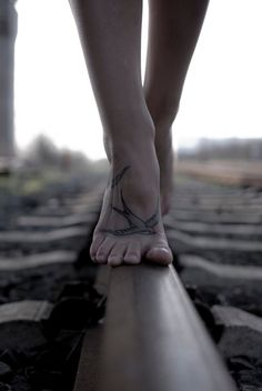 Cute tattoo on Camilla G (Fredericia, Denmark), and just all-round awesome shot.
