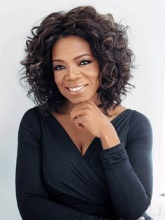 The people I'd like to meet: Oprah Winfrey. 10 Life Changing Tips Inspired By Oprah Oprah Winfrey, Short Curly Hair, Curly Hair Styles, Medium Curly, Round Face Curly Hair, Short Afro, Curly Wigs, Medium Brown, Curly Bob