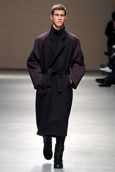 Raf Simons | Fall 2005 Menswear Collection | Style.com