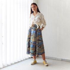VIN-SKI-0755 Vintage φούστα μίντι εμπριμέ Vintage Skirt, Skirts, Pants, Fashion, Trouser Pants, Moda, Fashion Styles, Skirt