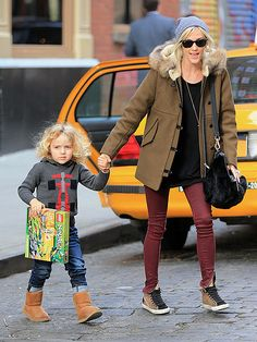 Ashlee Simpson Steps Out Post Vincent Piazza Split: Photo Ashlee Simpson, her adorable son Bronx, and a mystery male head to the Lego store to pick up some goodies on Wednesday (November in New York City. Vincent Piazza, Burgundy Pants, Hollywood Fashion, Hollywood Style, Ashlee Simpson, Mamas And Papas, Stepping Out, New York Street, Black Tops
