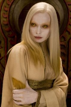 Could be a fairest or wizened. Princess Nuala - Hellboy 2 The Golden Army Hellboy The Golden Army, Hellboy Movie, Dc Movies, Films, Alien Creatures, Magical Creatures, World Of Darkness, Special Effects Makeup, Fantasy Costumes