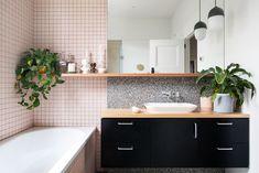 Simply Bathrooms, Dream Bathrooms, Bathroom Design Inspiration, Bathroom Interior Design, Japanese Bathroom, Pastel House, Toilet Design, Pretty Room, Art Deco Home