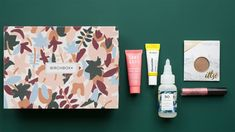 Time to pick! See the October 2018 Birchbox sample choices & the Featured Box!
