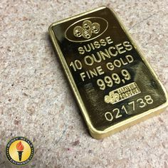 Double post here on this awesome Sunday! Who wouldn't want one of these PAMP Suisse 10 ounce bars? Gold Bullion Bars, Silver Bullion, Gold Coin Price, Old Vegas, Credit Suisse, Money Stacks, Gold Money, Gold N, Coin Collecting