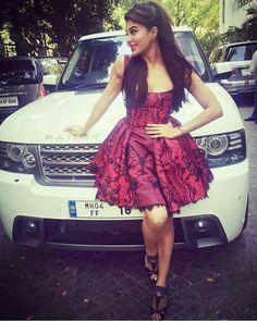 Pretty Jaqueline Fernandez