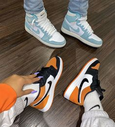 Uploaded by ℱℛᎯℕℂℰЅℂᎯ. Find images and videos about shoes and nike on We Heart It - the app to get lost in what you love. Source by yecarbeniaj head jordans fashion styles Moda Sneakers, Sneakers Mode, Sneakers Fashion, Fashion Shoes, Fashion Clothes, Fashion Fashion, Dubai Fashion, Classy Fashion, Style Clothes