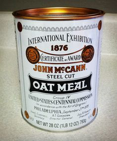 Always been a big fan of this classic oat meal label. Steel Cut Oatmeal, Packaging Design, Product Packaging, Food Design, Whole Food Recipes, Plant Based, Graphic Art, Graphic Design, Journal 3