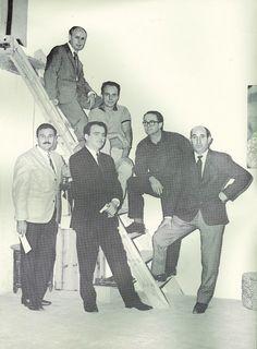 Archivo - Venancio Blanco junto a los escultores César Montaña, Jesús Valverde, Joaquin G. Donaire, José Carrilero y Mustieles. El Grupo de los Seis.jpg