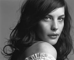Liv Tyler by Mark Abrahams Liv Tyler, Most Beautiful Women, Beautiful People, Older Actresses, Great Photographers, Celebs, Celebrities, Famous Faces, Beautiful Actresses