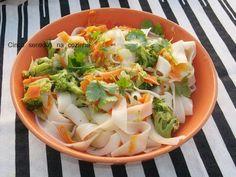 Cinco sentidos na cozinha: Massa de arroz com legumes salteados no wok