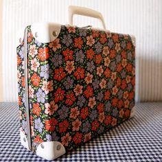 Valise vintage cartonnée motif floral années 70