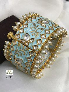 Antique Jewellery Designs, Jewelry Design, Pinterest Jewelry, Bridal Bangles, Hand Jewelry, Jewelry Patterns, Indian Jewelry, Wedding Jewelry, Jewelery