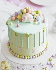 Easter Bunny Cake, Easter Cupcakes, Easter Cookies, Easter Treats, Bunny Cakes, Easter Cake Pops, Easter Cake Fondant, Bunny Birthday Cake, Holiday Cakes