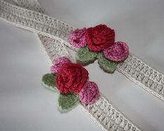 Rose ties that would make beautiful jewelry... Free pattern!!