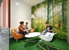 JAXDA, an office design company, has designed and moved into their new offices in Shanghai, China. JAXDA focus on workspace design, project management and Office Wall Design, Feature Wall Design, Cool Office Space, Workspace Design, Office Walls, Office Designs, Corporate Interiors, Office Interiors, Office Themes