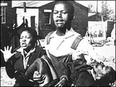 40 years ago, a protest against Afrikaans in the South African town of Soweto was violently put down by police, sparking a growing fight against apartheid wi. Youth Day South Africa, End Of Apartheid, Famous Photos, Black History Facts, Time Photo, African American History, The Guardian, Image, African History