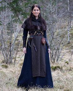 New blue linen tunic dress 💙🌿 #viking #vikings #norse #vikinglife #vikingblog #valkyrie #valkyrja