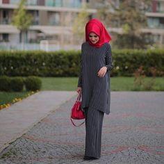 Hajib Fashion, Elite Fashion, Work Fashion, Modest Fashion, Unique Fashion, Hijab Ideas, Hijab Trends, Islamic Fashion, Muslim Fashion