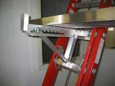 Walk Board Fitted to Two Rung Ladder Jack