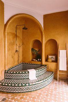 Decor, House Design, Moroccan Interiors, Bathroom Interior Design, Wall Decor Bedroom, Morrocan House, House Styles, House Inspiration, Beautiful Bathrooms