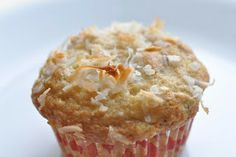 Buttercream Lane: Crunchy Banana Muffins with Coconut